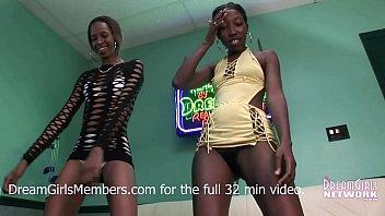 Бесплатное порно видео вафля в киске