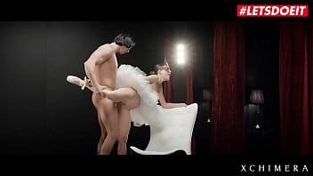Японская массажистка онанирует между огромных сисек хуй клиента